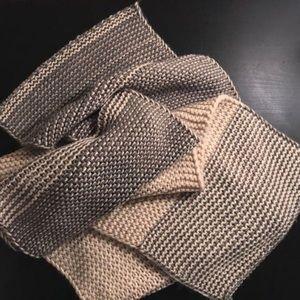 BDG blanket scarf